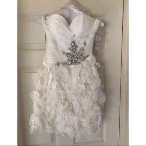Terani Couture White Cocktail Dress